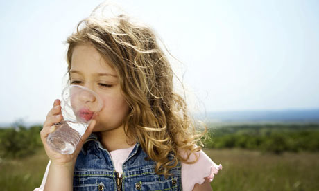 Girl-drinking-water-001